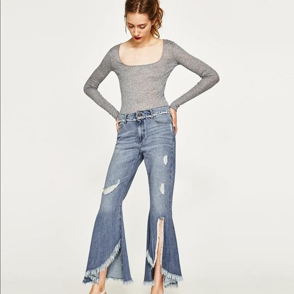 539a5207 NWT Zara Light Wash Mid Rise Frayed Flared Jeans NWT